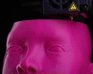 Rostro impreso en servicio de impresión 3D